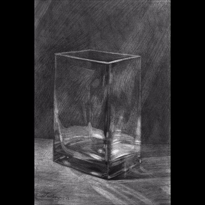 newberry_glass_vase_1_charcoal