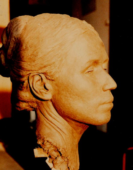 Newberry-Lynia-1978-clay-lifesize