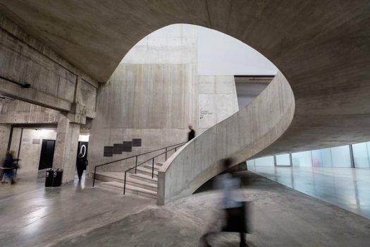 tanks_staircase_tate_modern