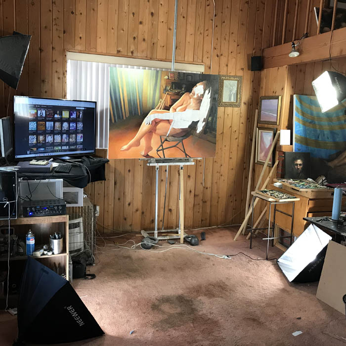 Newberry Idyllwild Studio, lighting